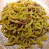 gramigna con pesto di zucchine e speck 12€